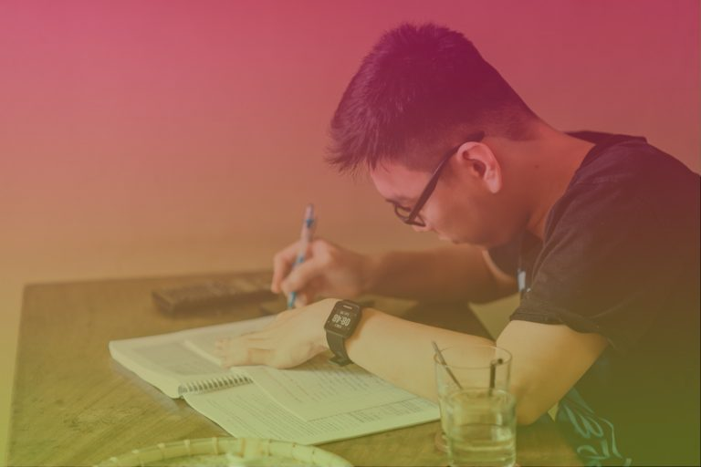 The 7 Essential Elements of a Business Plan for Boot Strappers and Beginners and the 7 Signs it's Time for You to Write One